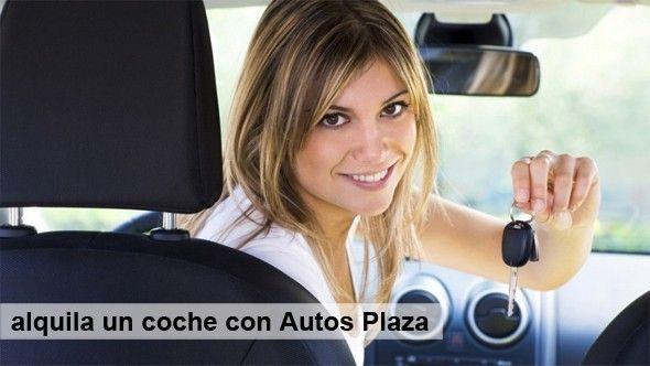 Cliente_alquilando_un_coche_en_Tenerife
